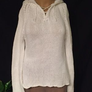 GAP cable knit long sleeve hooded sweater